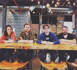 band-at-table